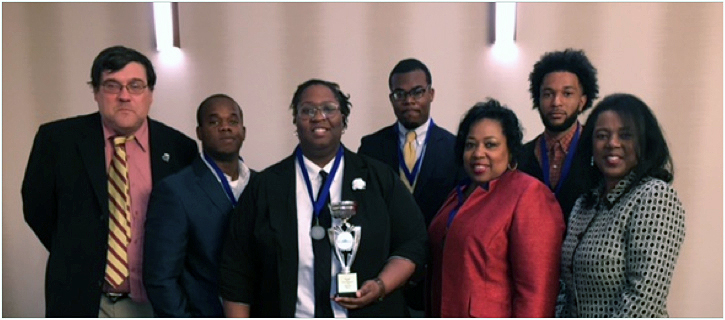 Southern University Baton Rouge Quiz Bowl Team receives first place award during a competition at the National African-American Association of Honors Programs conference, October 29-November 1, 2016, in Nashville, Tennessee. Pictured (left-right) John Miglietta, moderator (Tennessee State University), SU students Terrence Curry, Myeisha Webb (captain), Kelvin Wells Jr., SU assistant professor Deadra J. Mackie (Coach), SU student Joyner Deamer, and Coreen Jackson, president, National African American Association Honors Programs (Tennessee State University).