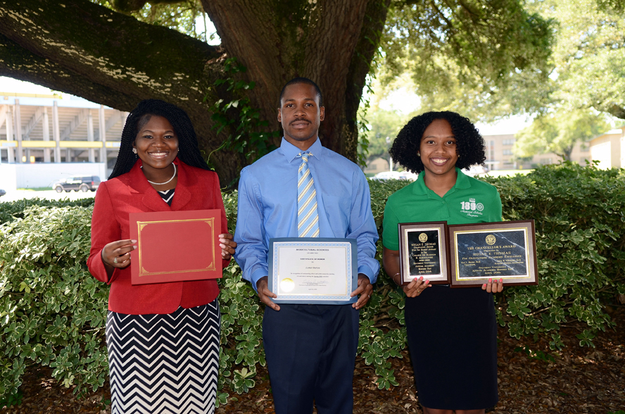 SU Baton Rouge Department of Agricultural Science and Urban Forestry graduating seniors (left – right) Trinity Alexis Johnson, Lamar Burton, and Megan E. Thomas, have plans to pursue Ph.D. degrees in agricultural science.